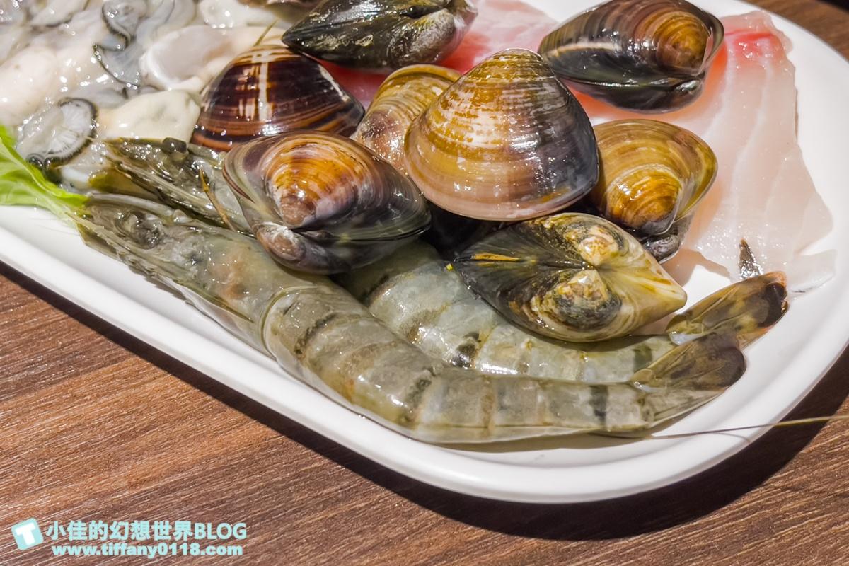[蘆洲火鍋]旺角石頭火鍋(附菜單)/超人氣排隊平價火鍋/花生沙茶醬是經典、CP值高又美味